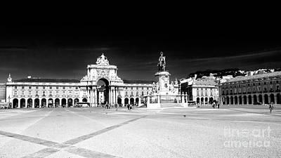 Photograph - Lisboa by John Rizzuto