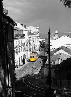 Photograph - Lisbon Trolley 17c by Andrew Fare