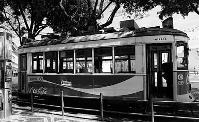 Photograph - Lisbon Trolley 1b by Andrew Fare