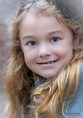 Photograph - Little Beauty by Ronald Hoehn