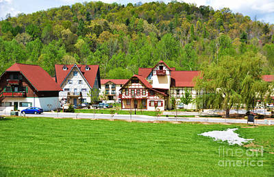 Decor Live Style Photograph - Little German Town In - Helen Georgia by Adrian DeLeon