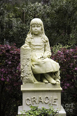 Photograph - Little Gracie Bonaventure Cemetery by Jeannette Hunt