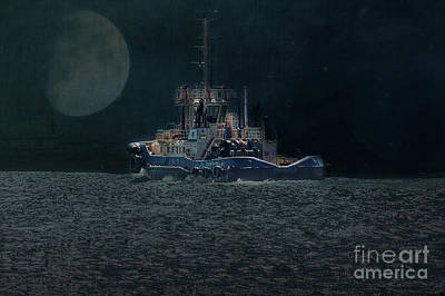 Photograph - Little Tug Boat by Elaine Teague