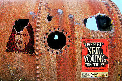 Neil Young Photograph - Live Rust, Neil Young by Mal Bray