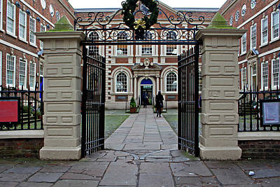 Bluecoat Photograph - Liverpool Uk 20th December 2015. Bluecoat Chambers Building Built In 1716-1717 Is The Oldest Surviving Building In Central Liverpool by Ken Biggs