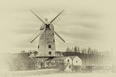Photograph - Llancayo Mill, Usk Antique by Steve Purnell