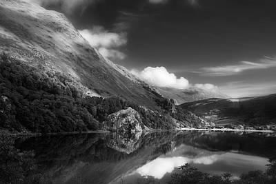 Llyn Gwynant Photograph - Llyn Gwynant by Dorit Fuhg