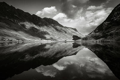 Beautiful Scenery Photograph - Loch Achtriochtan by Dave Bowman