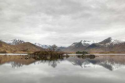 Photograph - Loch Ba And Black Mount by Veli Bariskan
