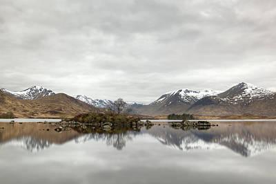Photograph - Loch Ba And Black Mount by Veli Bariskan