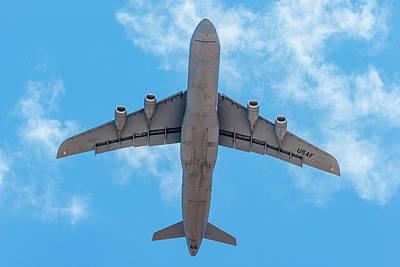 Photograph - Lockheed Martin C5 Galaxy Overhead by SR Green