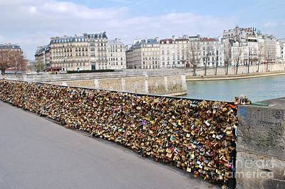 Photograph - Locking Love In Paris by David Fowler