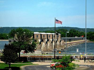 Photograph - Locks On The Mississippi River In Iowa, Wisconsin And Minn. by Phyllis Kaltenbach
