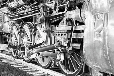 Photograph - Locomotive 1519 - Bw - Heavy Metal 02 by Pamela Critchlow