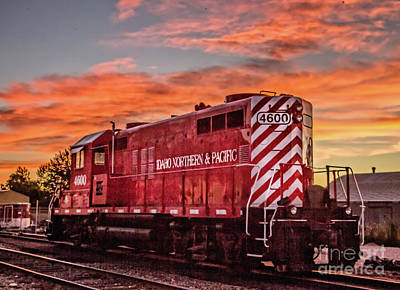 Photograph - Locomotive 4600 by Robert Bales