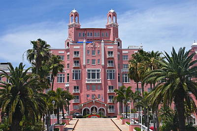 Photograph - Loews Don Cesar Hotel Entrance by Denise Mazzocco