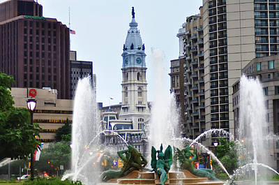 William Penn Digital Art - Logan Circle Fountain With City Hall In Backround by Bill Cannon