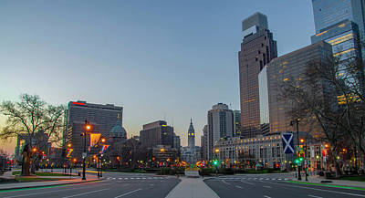 Photograph - Logan Circle On The Parkway - Philadelphia by Bill Cannon