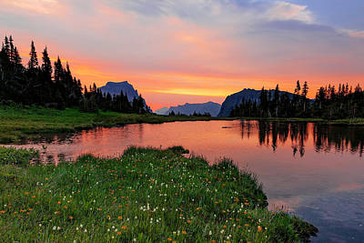 Photograph - Logan Pass Sunrise by Jack Bell