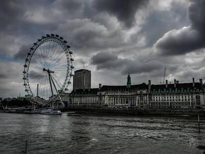 Photograph - London 009 by Lance Vaughn