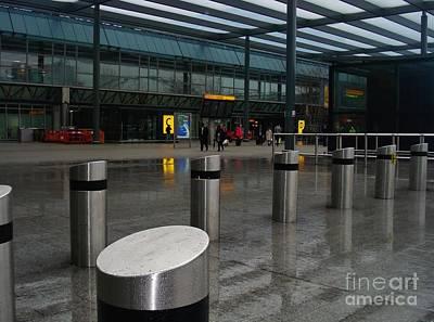 Olympic Sports - London airport by Linda De La Rosa