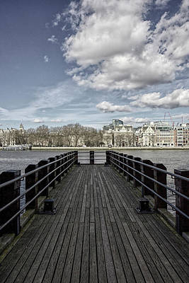 Photograph - Reach Into The Thames by Christopher Rees