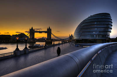 Photograph - London City Hall Sunrise by Donald Davis