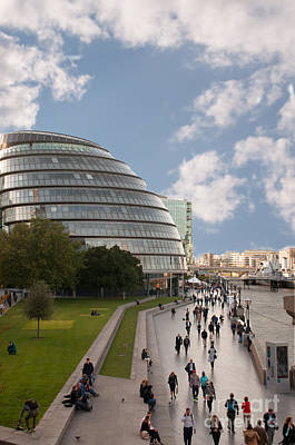 Photograph - London City Hall by Ted Lang
