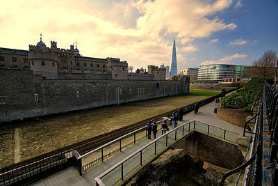 Photograph - London England- Old And New by Russell Mancuso