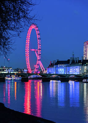 Photograph - London Eye At Night by Steven Richman