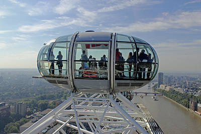 Photograph - London Eye Pod by Tony Murtagh