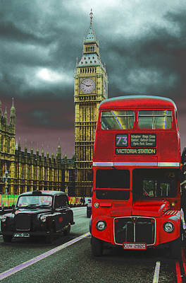 Photograph - London by Kobby Dagan