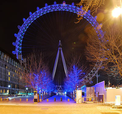 Photograph - London Lights by Lois Bryan