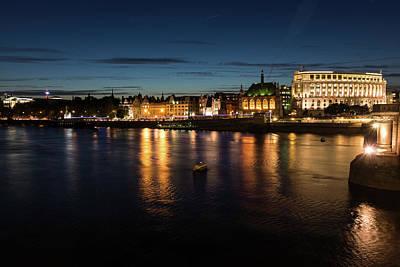 Photograph - London Night Magic - Silky Reflections On The Thames River by Georgia Mizuleva