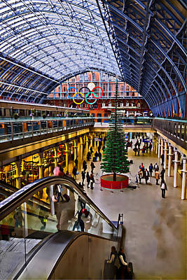 Photograph - London Paddington Station by David French