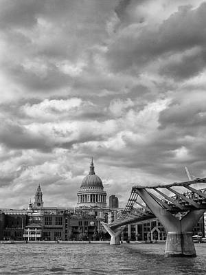 Photograph - London - St. Pauls Cathedrale by Thomas Richter