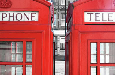 London Telephones Art Print by Richard Newstead