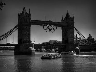 Photograph - London - Tower Bridge 001 Bw by Lance Vaughn