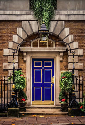 Photograph - London Townhouse Doorway by Alex Saunders