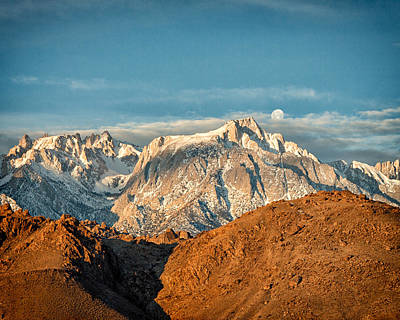 Waning Gibbous Moon Photograph - Lone Pine Peak by Troy Montemayor