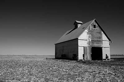 Photograph - Lonely Old Barn by John McArthur