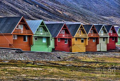 Photograph - Longyearbyen by Shirley Mangini