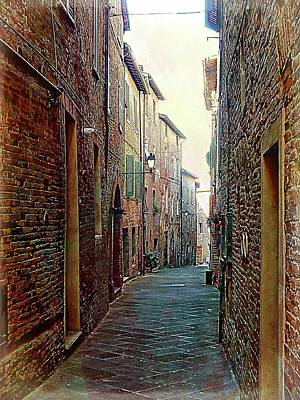 Photograph - Look Down A Long Alley Citta Della Pieve by Dorothy Berry-Lound