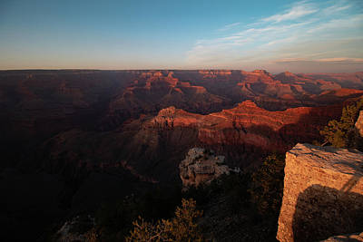 Photograph - Looking At The North Rim Of The Canyon. by Jeff Folger