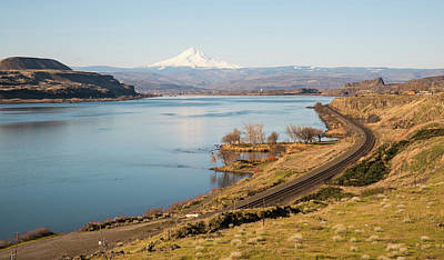 Photograph - Looking Downriver To Mt Hood by Tom Cochran