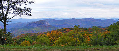 Photograph - Looking Glass Rock In The Fall by Duane McCullough