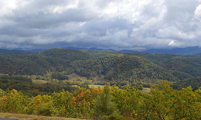 Photograph - Looking To The Great Smoky Mountains From The Tennessee Foothills Parkway by rd Erickson