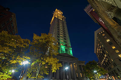 Photograph - Looking Up At The Custom House On An Autumn Night In Boston Ma by Toby McGuire