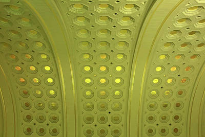 Photograph - Looking Up In Union Station by Cora Wandel