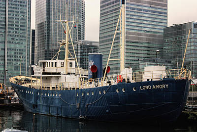 Tanker Photograph - Lord Amory by Martin Newman